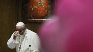 Il Papa apre assemblea dei vescovi: domaniil voto per il presidente