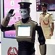 Dubai, ecco il poliziotto robot:  è autonomo, parla sei lingue