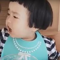 Cinesi pazzi per Xiaoman, la bambina mangiona da 12 miliardi di visualizzazioni