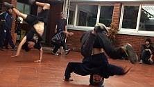 La danza sulle strade  dei piccoli criminali  a Bogotà che li fa stare lontano dai guai   di VALERIA FRASCHETTI