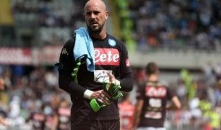 """Napoli, si cerca un portiere, ma tutto dipende da Reina. Il papà: """"Pepe vuole restare"""""""