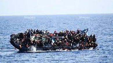 """Profughi, """"L'Italia aggira i suoi obblighi  e aiuta i libici a respingere i migranti"""""""