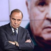 """Lettera ultimatum di Vespa al Cda: """"Sono artista, non giornalista. Niente tagli al mio..."""