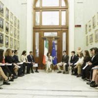 """Boldrini: """"Ragazzi ribellatevi all'odio e alle violenze sul web"""""""