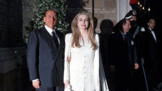 """""""Basta soldi a Veronica"""". Berlusconi nella causa per il divorzio spera in sentenza Grilli"""