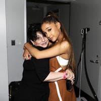 Manchester, la mamma di Ariana Grande ha messo in salvo un gruppo di fan