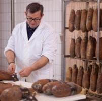 Nitrati e nitriti nel capocollo, stop di sei mesi al presidio Slow Food di Martina Franca