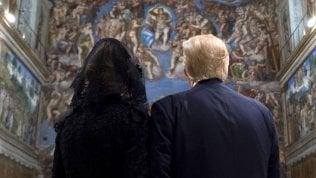 I coniugi Trump alla Cappella Sistina