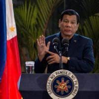 Filippine, offensiva dei separatisti islamici: decapitato capo della polizia,