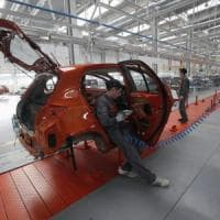 Istat, a marzo l'industria consolida la ripresa: fatturato in crescita