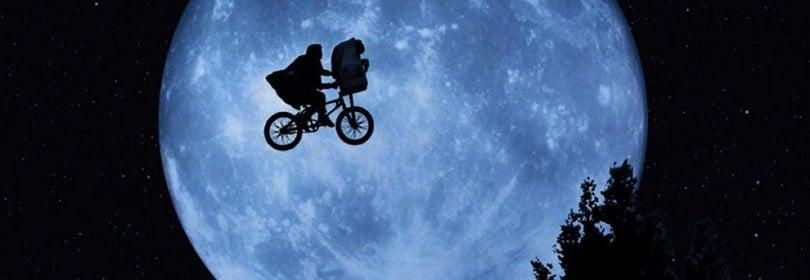 'E.T. - L'extra-terrestre' compie 35 anni, la faccia buona della fantascienza ·  Video  ·  Foto