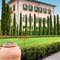 Resort sì, ma tra le vigne: giro d'Italia tra gli hotel dove il vino è protagonista