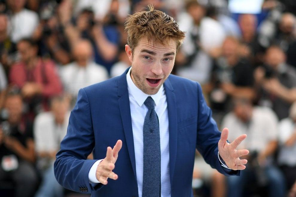 Cannes, c'è chi scommette su Robert Pattinson, imbruttito ma bravo