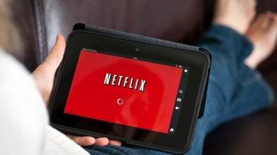 Netflix, ecco cosa e quando guardiamo:  commedie al mattino, thriller la sera