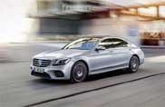 Mercedes, l'ammiraglia che parcheggia con lo smartphone