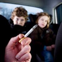 Bimbi e fumo passivo: per proteggerli c'è Ector, l'orsacchiotto che tossisce