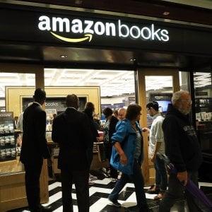 Generazione Amazon e il cambio delle nostre esistenze. La corsa continua del negozio globale