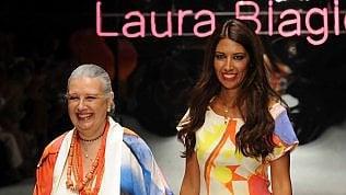 È morta Laura Biagiottila stilista italiana che conquistò Pechino