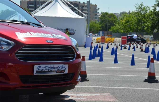 Driving Skills For Life, la sicurezza in tour con Ford