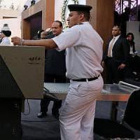 Egitto, attacco armato a bus di cristiani copti: