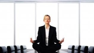 Sotto la doccia, in fila o in ufficio: meditazione dei gesti quotidiani