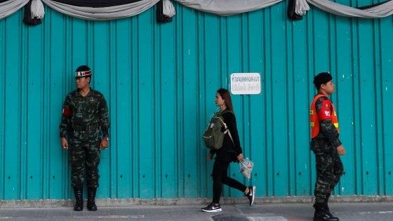 Asia, la Santa alleanza dei regimi contro i social: Facebook e YouTube a rischio