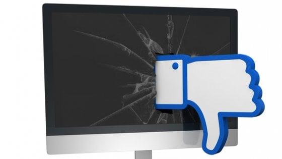 Facebook, la dura vita dei moderatori: sottopagati, oberati e senza assistenza psicologica