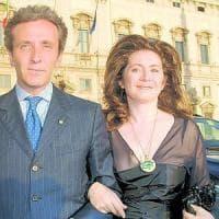 """""""No all'assegno di divorzio se la moglie ha un reddito di oltre mille euro al mese"""""""