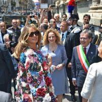 G7, l'eleganza ''italiana'' di Melania: soprabito da 51mila dollari