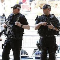 Manchester, altri due arresti connessi all'attentato