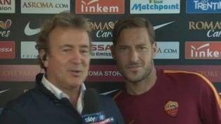 """L'incursione di Totti in diretta: """"Stanotte non dormo neanche io"""""""