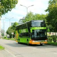 Manovra, nuovo stop su Flixbus, tornano limiti Milleproroghe