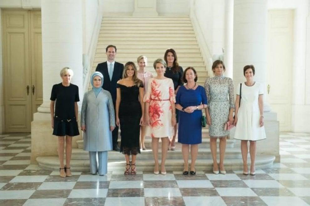Vertice Nato, su Facebook la Casa Bianca omette il marito del premier del Lussemburgo