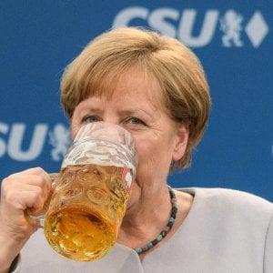 """G7, Merkel scarica Trump: """"Impossibile ormai fidarsi degli Usa"""""""