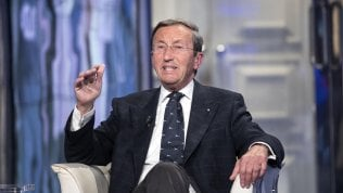 "Sequestrate a Fini due polizze vita da un milione di euro.E Storace gli dice: ""Sparati"""