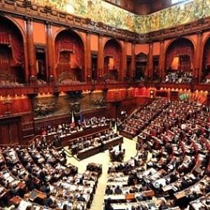 """Legge elettorale, il sistema tedesco avvicina Pd e M5S. Renzi: """"Soglia al 5%"""". No di Alfano"""