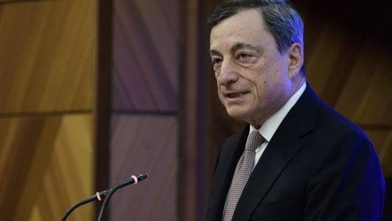 """Draghi: """"Sostegno monetario resta necessario. Non bisogna aver paura di cambiare i trattati"""""""