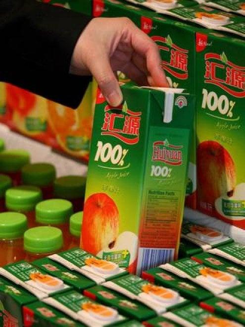 Attenzione ai succhi di frutta: quando e quali fanno male ai bambini