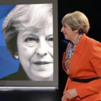 Gran Bretagna al voto, confronto tv May-Corbyn: il leader laburista cavalca