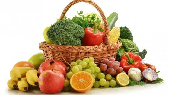 Dieta mediterranea, la piramide alimentare diventa social