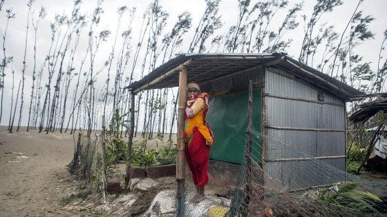 Bangladesh, il ciclone Mora devasta il Paese: morti e feriti