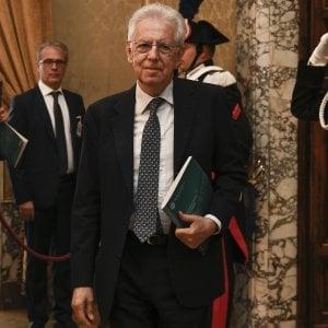 """Mario Monti: """"L'Italia non può rischiare solo perché Renzi vuol fare ancora il premier"""""""
