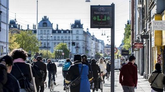 Troppe bici: Copenaghen ricorre a un piano anti traffico