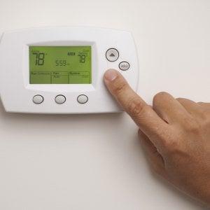La 'guerra' dell'aria condizionata in ufficio, le regole d'oro per non litigare
