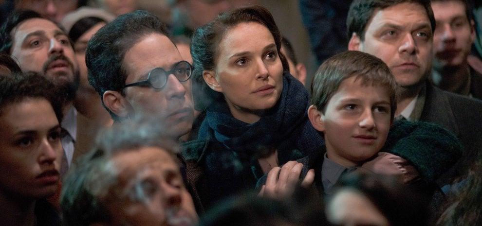 """Natalie Portman dirige un film da Amos Oz, ma osa: """"Potrei girare anche un nuovo 'Star Wars'"""""""