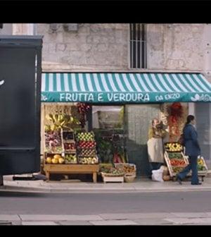 Ananas contro pere e duello sull'export: in Italia si combatte il derby della frutta