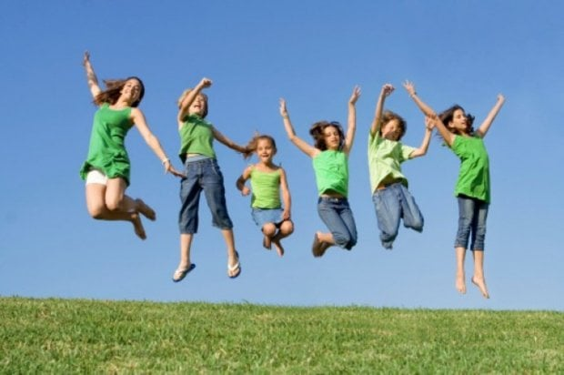 Bambini, dieci regole per un'estate a tutta salute