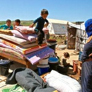 Profughi siriani, la povertà assoluta è vicina: mancano i fondi per assisterli