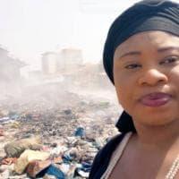 Guinea, selfie con l'immondizia su Twitter: così i giovani di Conakry sperano di salvare la città