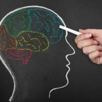 La proverbiale empatia delle donne? Merito dei geni che aiutano a leggere nel pensiero